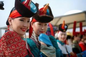 Abiti tradizionali della mongolia
