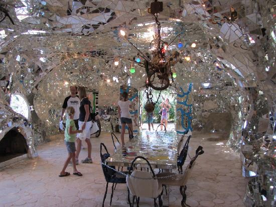 Posti da bambini e non solo il giardino dei tarocchi di - Casa degli specchi ...